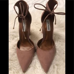 Steve Madden Dusty Rose Suede Heel